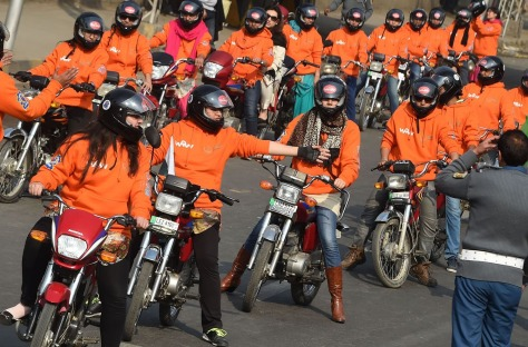 PAKISTAN-WOMEN-RIGHTS-BIKES
