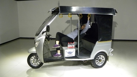 electric-rickshaw-introduced-in-pakistan-2